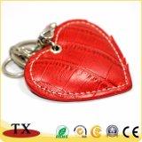方法恋人のギフトの赤いハート形の革キーホルダー