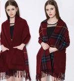Écharpe chaude de modèle d'écharpe de femmes de cachemire de l'hiver doux neuf d'écharpe avec la poche