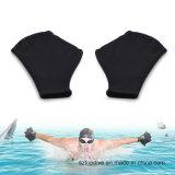 De praktische Met zwemvliezen Handschoenen van de Vinger van het Silicone Zwemmende