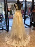 Eine Zeile Spitze, die Brautkleid-Hochzeits-Kleid glättet