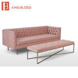 Sofá aterciopelado tapizado empenachado muebles nórdicos de la tela de algodón del estilo