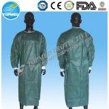 Robe chirurgicale stérile remplaçable des espèces Spunlace/SMS /PP /Nonwoven /SMMS