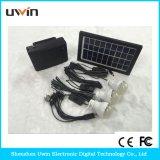 Sistema chiaro domestico solare nero, cavo del USB, addebitando il telefono astuto o altri elettrodomestici