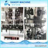 Máquina de lavar bebendo engarrafada pequena do engarrafamento de água mineral