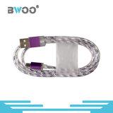 Design especial colorido com iluminação LED Cabo de dados USB