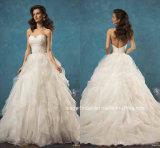 Le lacet de robes nuptiales d'amoureux hérisse les robes de mariage Z8010