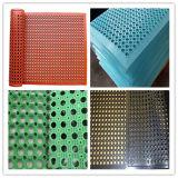 スリップ防止多孔性の台所ゴム製床のマット