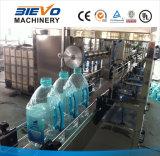 Chaîne de production linéaire de mise en bouteilles d'eau minérale de grande bouteille