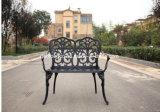 黒い青銅色の装飾的な屋外アルミニウム金属のガーデン・チェアのベンチ
