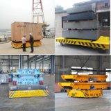 Máquinas agrícolas da indústria pesada transporte motorizado Reboque sobre piso de cimento