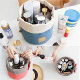 一義的で標準的なデザイン防水ドローストリング円柱多機能旅行化粧品袋