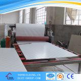 Azulejo de techo de yeso laminado de PVC 603 * 603 * 9mm / 238 572 996 Panel decorativo de techo de yeso de diseño