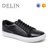 El diseñador de los hombres OEM de fábrica de zapatos casual