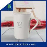 Tazza di caffè di ceramica bianca dell'intera pianura su ordinazione di marchio