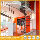 El interior adorna diseños de interior de la escalera espiral de la escalera