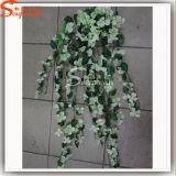 壁または店の装飾のための人工的なキヅタの花