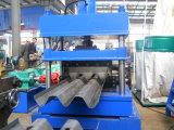 2-4m m barandilla de tres ondas laminan la formación de la máquina