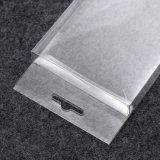 kleines Viereck, das transparenten Plastik-Belüftung-Verpackungskasten faltet