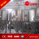 30L si dirigono il fermentatore e la strumentazione di fabbricazione di vino