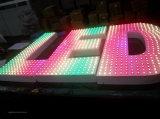Personnaliser la lettre de canal lumineux RVB éclairée en métal pour la publicité extérieure