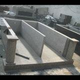 Mausoleo della cripta del doppio del tetto piano del granito