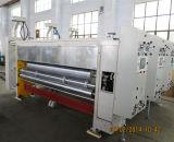 Impresión acanalada flexográfica del cartón que ranura la máquina que corta con tintas