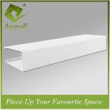 Алюминиевые декоративные трубы квадратного сечения потолок