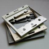 Il CNC che lavora le parti alla macchina astute della base di interruttore fa da materiale di alluminio