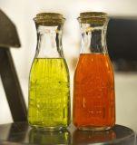 Vaciar la botella del licor Cristal, Agua envase de cristal, que bebe la botella de cristal