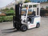 Высокое качество 1,5 тонн работать от батареи с электроприводом на четыре колеса погрузчика