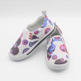 子供のための新しい到着の履物の偶然靴