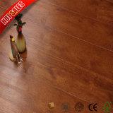 高品質の安い費用の赤い自己接着ビニールの床タイル