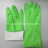 世帯の乳液の手袋