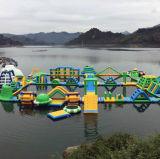 팽창식 Waterpark 뜨 물 실행