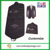 Sacchetto pieghevole non tessuto del coperchio dell'indumento del Mens del commercio all'ingrosso con la promozione