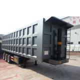El transporte de mercancías de carga de tres ejes el vuelco camión trailer