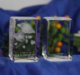 Cubo di vetro del blocco di cristallo con 3D il marchio di abitudine del laser Engraing