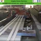 Plastik-Belüftung-Eckprofil-Verdrängung-Maschine mit lochender Maschine