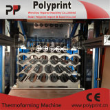 Copa do PP descartáveis de água fazendo a máquina