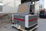 Haut de la qualité du tissu de CO2 Coupe du Bois Prix de la machine de découpe laser