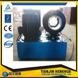 Gummiprodukt, das Maschinerie Uesd bewegliches P52 hydraulischer Schlauch-quetschverbindenmaschine für Verkauf bildet