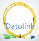 Simplex du SM OS2 9/125 de la corde de pièce rapportée de fibre LC/APC-LC/Upc