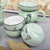 Abbraccio verde dell'insieme di tè di ceramica di Buddhism con la scatola metallica di memoria ed il contenitore di regalo