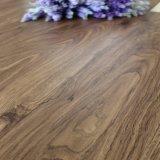 Facile à mettre en arrière des revêtements de sol en vinyle de bois sec