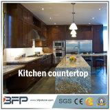 Bancada da cozinha do granito/parte superior da vaidade com tratamento facilitado