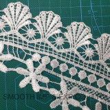 Collare bianco del nastro del tessuto del merletto del cotone dell'indumento della tessile del ricamo di modo