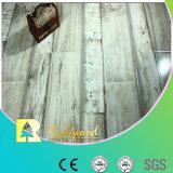 plancher en stratifié résistant V-Grooved de l'eau de chêne de texture de fibre de bois de 12mm