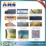 Papel cartão com chip RFID