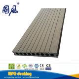 Напольная полая деревянная пластичная доска Decking смеси WPC