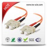 Sc/UPC/APC Cable de conexión de fibra óptica fibra óptica (puente)